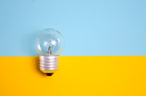 bright-bulb-close-up-1495580